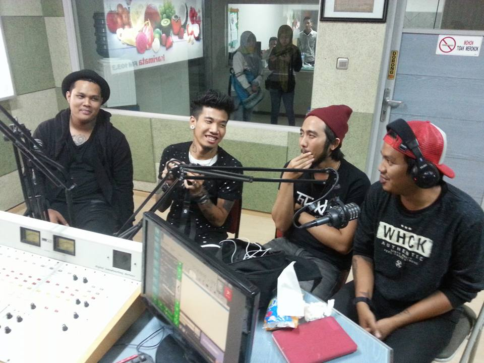 Last Child Live On Air di Radio Karimata FM